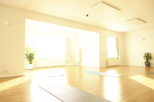 Be-yoga teacher training haywards heath